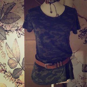 Tops - Camouflage T Shirt Sz M/L